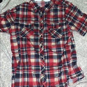 Buttoned-up short sleeve plaid shirt